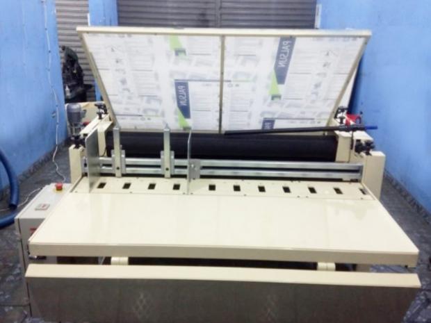 CÓD. 1486 - Formato 1400 mm semi automática, nova