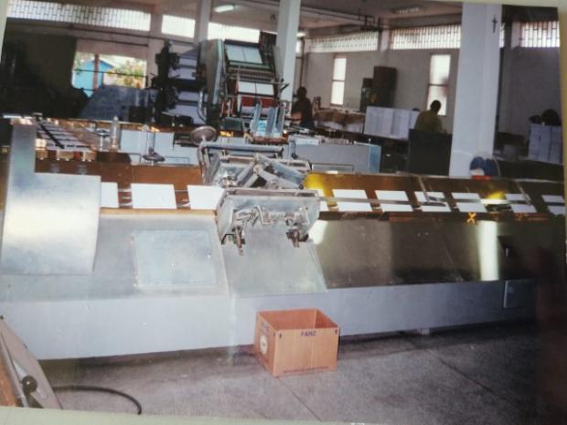 CÓD. 1939 - Máquina de fabricação de cadernos Bielomatik
