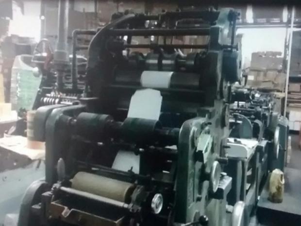 CÓD. 019 - Maquina de fabricar envelopes Winkler 26