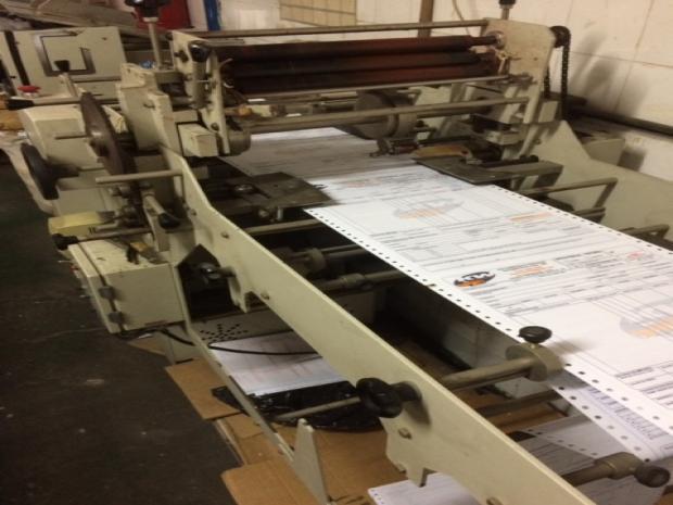 CÓD. 016 - Impressora + processadora + alceadeira