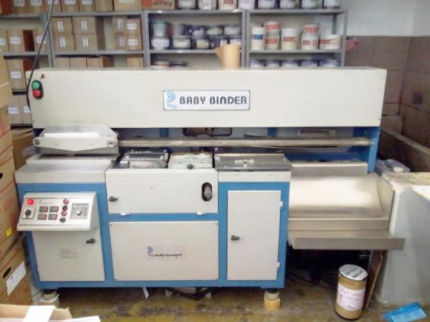 CÓD. 573 - De lombada quadrada Radial Baby Binder ano 1995