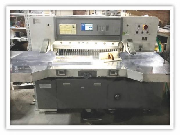 CÓD. 761 - Paper Cutter 92 ano 2011