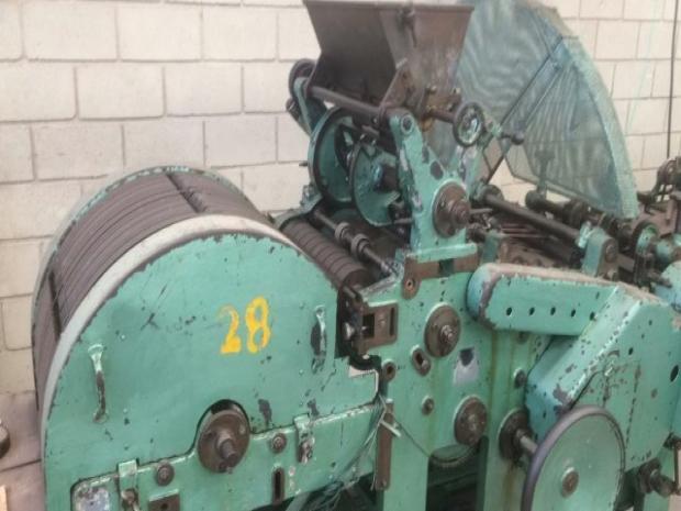 CÓD. 910 - Máquina de fabricação de sacos de papel Sanfonado Fischer & Krecke, Mod. MT2